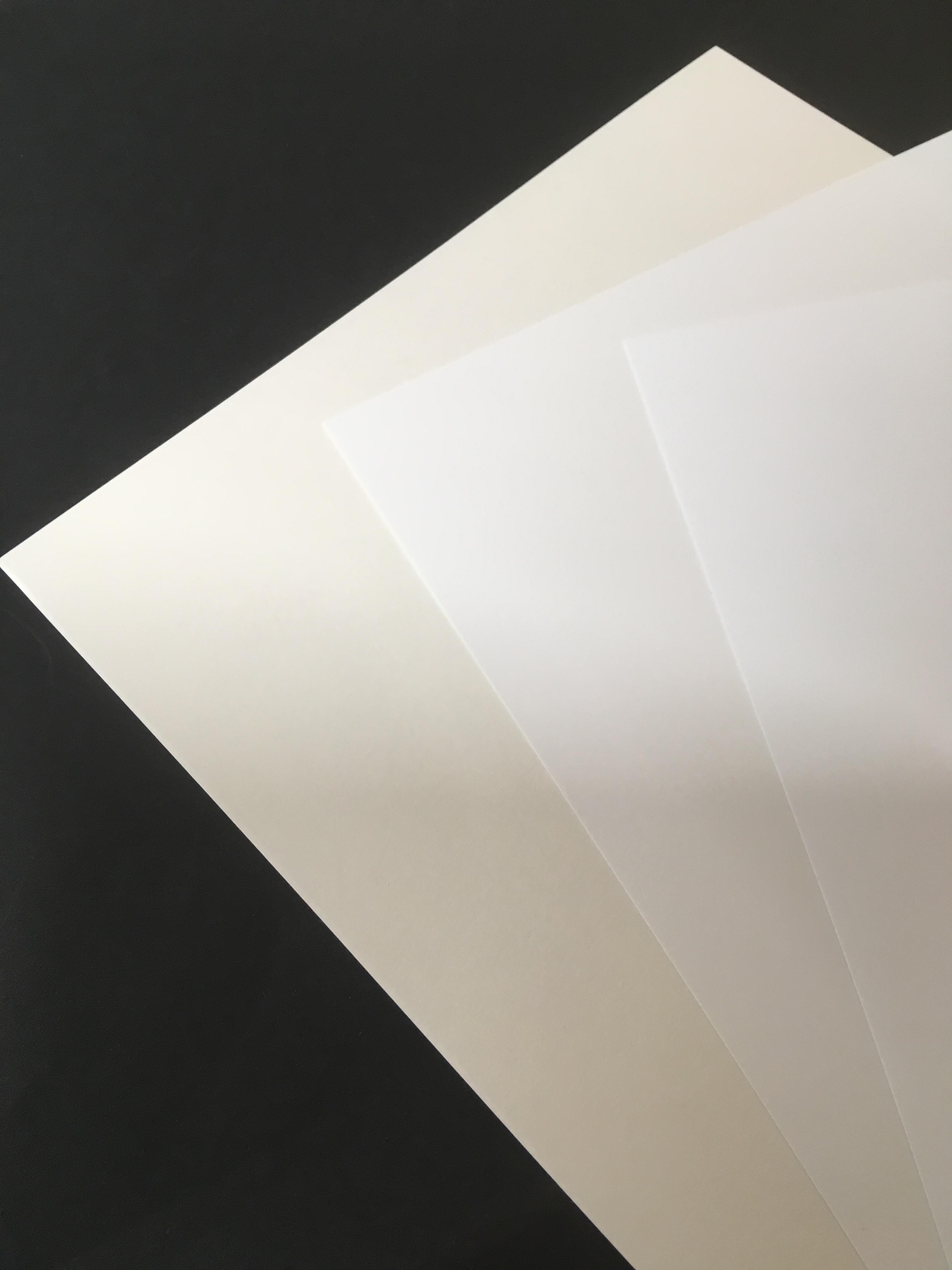 紙アラカルト 印刷に使う基本の紙